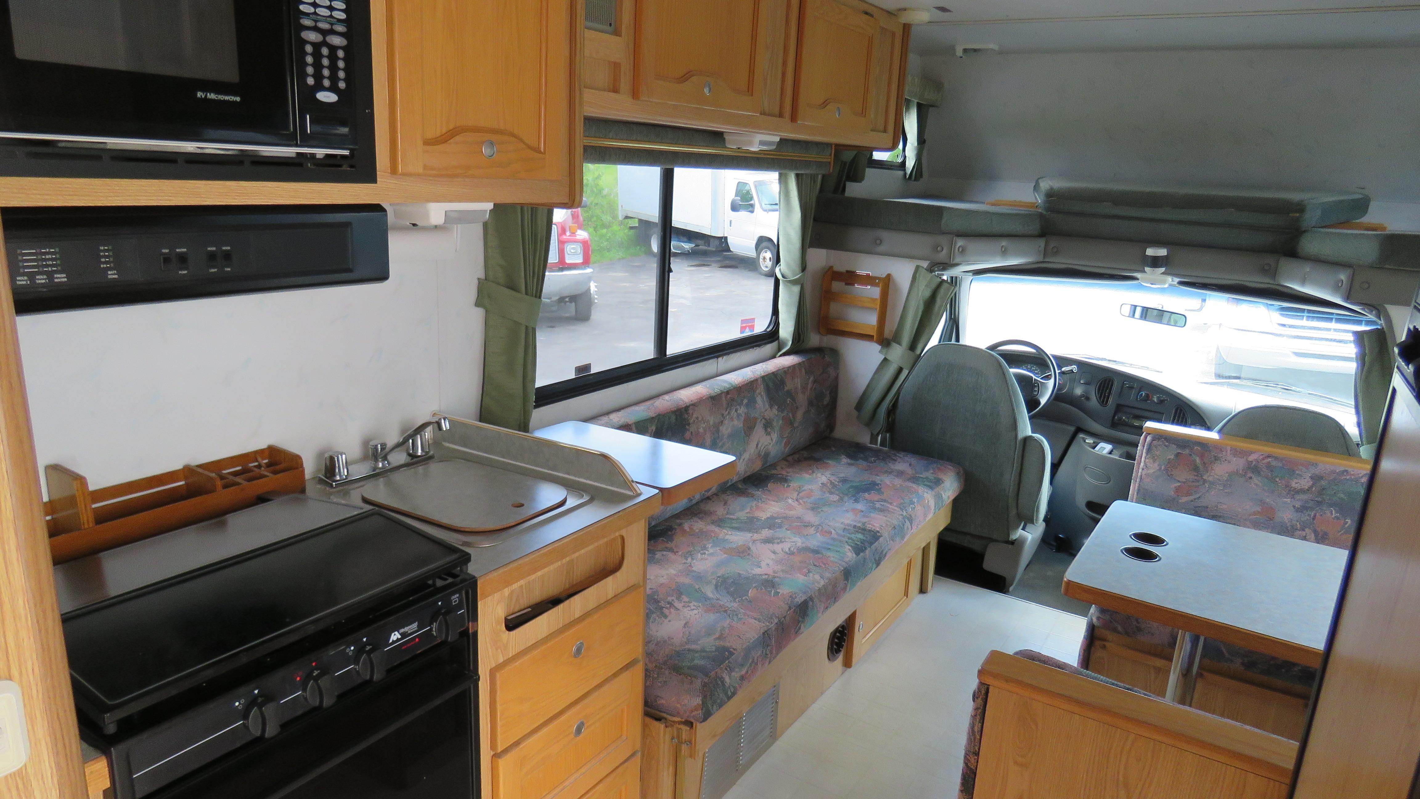 mit dem camper durch die welt mit fernweh und. Black Bedroom Furniture Sets. Home Design Ideas