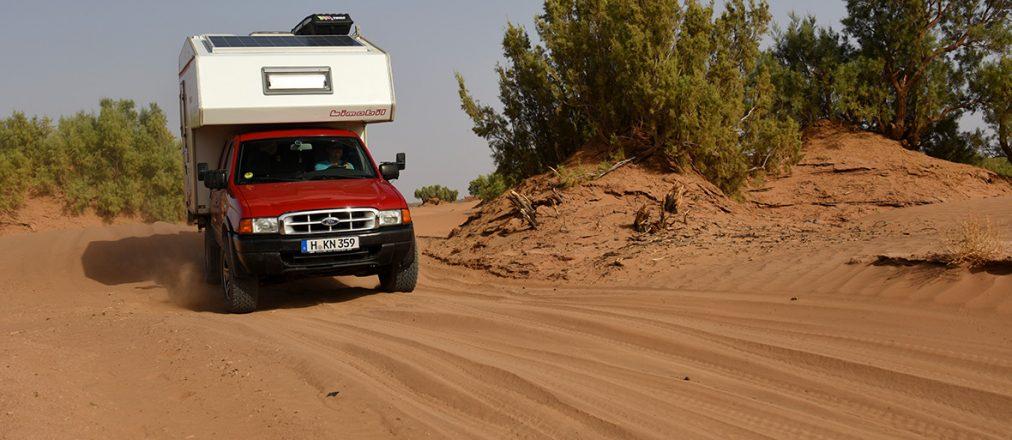 Off road gehts durch die Sahara